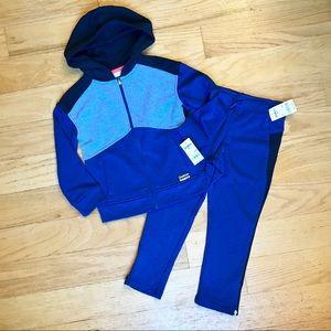 NWT Oshkosh 4/5 Sweatshirt And Joggers